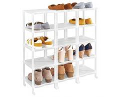 mDesign Porta scarpe – Scaffali portascarpe salvaspazio con 15 ripiani per sandali, stivaletti e stivali – Scaffale con ripiani in plastica per corridoio e guardaroba – bianco