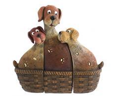 Famiglia di cani in una cesta