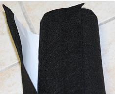 Moquette adesiva liscia da 65x151 cm di colore nero