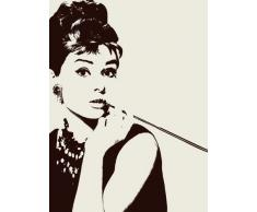 Pyramid International - Stampa su tela con ritratto di Audrey Hepburn che fuma il bocchino, 60 x 80 cm