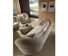 """Divano da esterno """"Movida"""" design italiano in Polyrattan di Altissima Qualità, colore Bianco Wash. COMPLETO DI CUSCINI"""