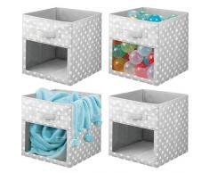 mDesign Set da 4 Contenitori per armadio - Scatole per armadi per coperte o vestitini - Scatola portaoggetti in fantasia a pois e con finestrella - bianco e grigio