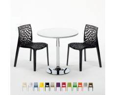 Tavolino quadrato bianco con 2 sedie colorate per bar e locali pubb...
