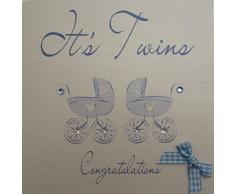White Cotton Cards - Biglietto fatto a mano per nascita, con scritta: Its Twins Congratulations, motivo: carrozzina blu