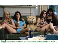 Poster: Ted Poster - Divano, grazie alle quattro Terrible Fathers (36 x 24 pollici)